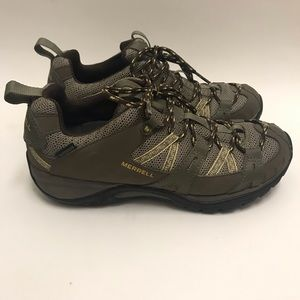 Merrell Women's Hiking Shoes Green/Olive Size 7.5